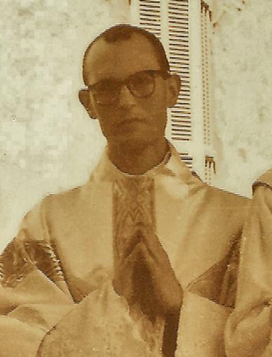 P. José Luis Torres-Pardo, poco después de su ordenación sacerdotal.